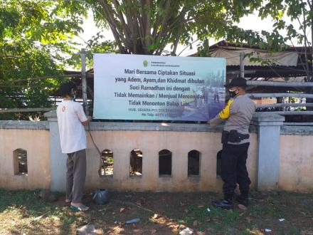 Pemasangan Spanduk/Banner Himbauan Kamtibmas terkait Antisipasi Petasan dan Balap Liar